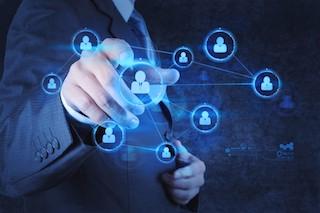 3p Advisory business man social button 018